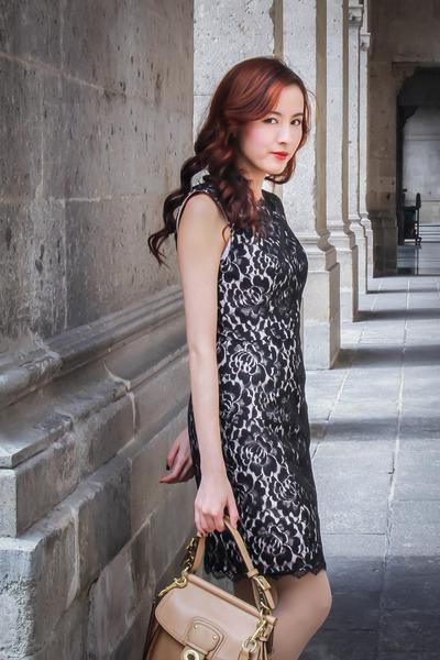 black black lace bloomingdale dress - nude sam edelman heels