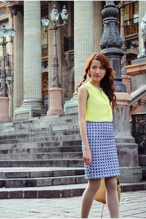 yellow banana republic top - print Loft skirt