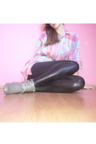 pink my grandmas closet  blouse - black New Yorker leggings - black Ray Ban glas