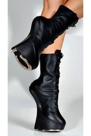 black horse shoe horse shoe boots - black horse shoe horse shoe boots - black ho