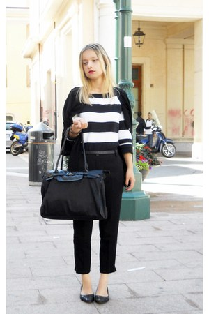 black Carpisa bag