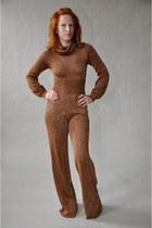 brown vintage jumper
