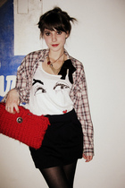 red handmade by me bag - beige shirt - white Akira blouse