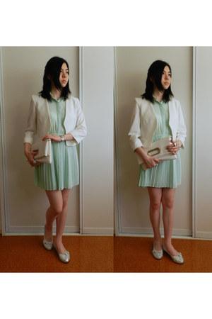 white blazer - aquamarine dress - white bag - silver flats
