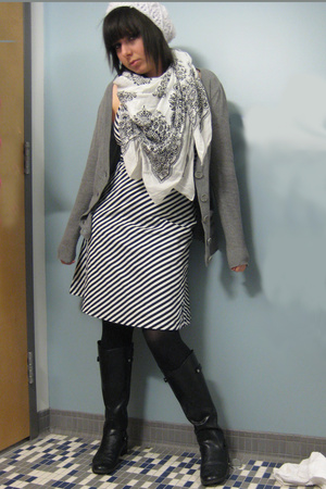 Dockers shoes - Express tights - H&M sweater - homemade hat - White house Black
