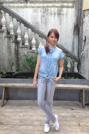 light blue denim Monkee Business top - heather gray Penshoppe pants