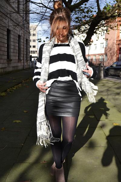 white Forever 21 sweater - black Stradivarius skirt