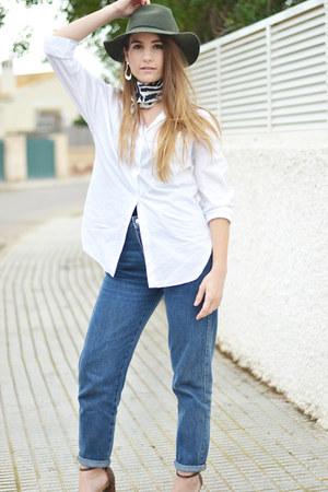 navy Zara jeans - black Bianca Elgar scarf