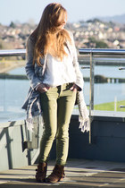 silver pull&bear coat - olive green pull&bear jeans