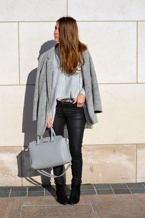 silver H&M jumper