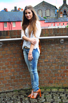 tawny Zara sandals - blue ripped pull&bear jeans