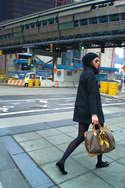 Louis Vuitton bag - Zara coat - Sisley hat - D&G scarf - stuart weitzman flats