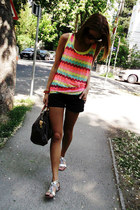 Forever 21 top - Louis Vuitton bag - Zara shorts - Zara sandals