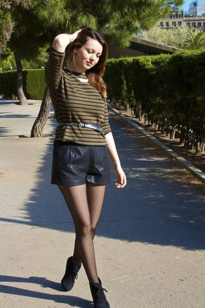 black faux leather Zara shorts - black suede Zendra boots