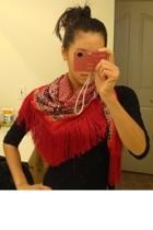Red fringe scarf