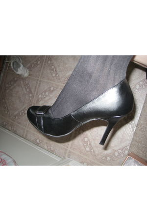 black Donna Lawrence shoes