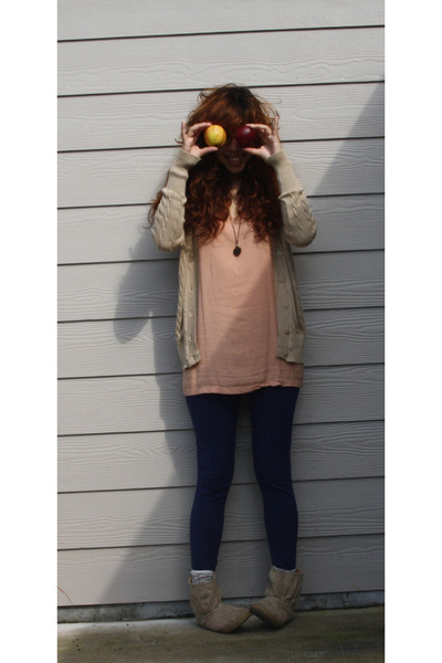 sugar boots - peach underslip Lux dress - navy No Boundaries legging