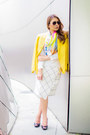 Light-yellow-linen-maxmara-scarf-white-checkered-zara-skirt