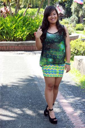 SM blouse - Edge Co bracelet - aztec print SM skirt - Shoes by Trias wedges