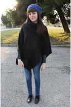 black zuiki cape - blue jennifercom jeans - dark gray Bershka flats