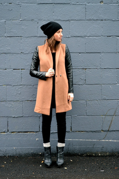 Wendy Box coat - booties trouve boots - black citizens of humanity jeans