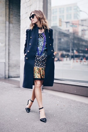 floral coach tights - navy wool Aritzia coat - Celine sunglasses