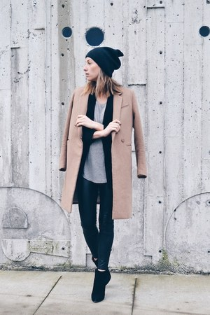 H&M coat - suede booties Aldo boots - beanie Aritzia hat