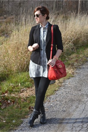 tuxedo TJ Maxx blazer - booties Steve Madden boots - tote Target bag