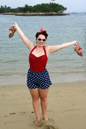 red modcloth swimwear - navy Forever 21 shorts
