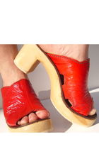 Red-lauro-righi-clogs