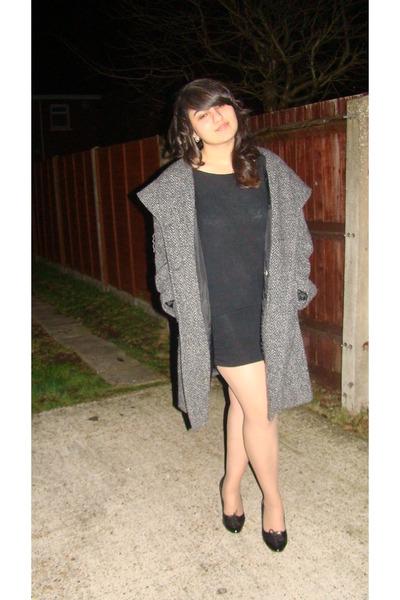 dress - grey tweed coat Vernissage coat - Evie heels