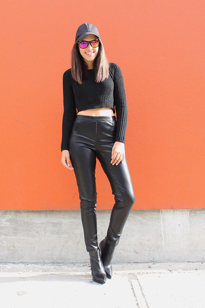 cropped knit le chateau sweater - baseball H&M hat - leather le chateau leggings