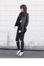 biker H&M jacket - danier bag - ripped H&M pants - basic Zara sandals
