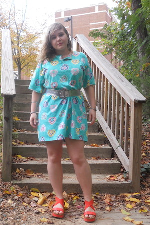 silver earrings - blue Goodwill dress - silver belt - orange shoes - blue bracel