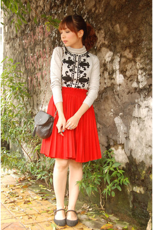 red skirt - heather gray sweater - black vintage purse - black flats