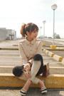 Black-ombre-diy-jeans-beige-shirt-brick-red-vintage-purse