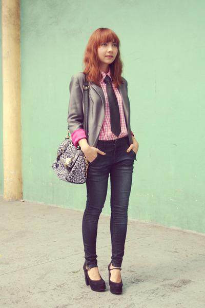 pink shirt - giordano jeans - silver blazer - bag - black Carmelettes heels