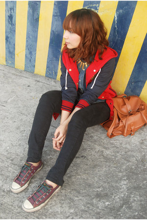 red jacket - black jeans - blue shirt - brown bag - purple sneakers