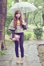 Black-jeans-brown-simones-closet-sweater-brick-red-vintage-purse