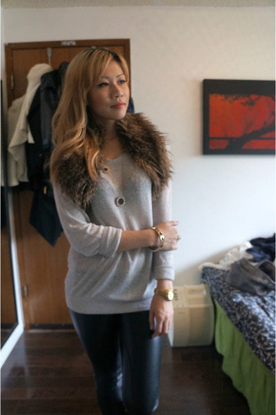 brown faux fur scarf T Babaton scarf - ivory community sweater