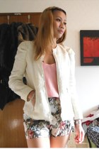 heather gray Michael Kors boots - cream Zara jacket