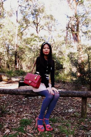 Miu Miu heels - Chanel bag - diva accessories - Louis Vuitton accessories