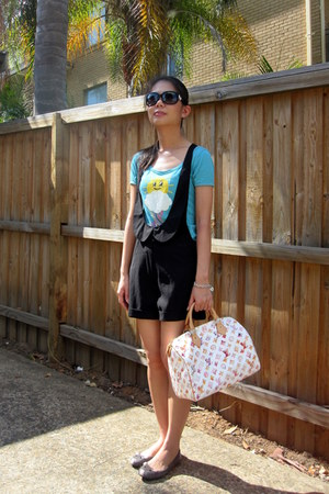 bag - shorts - sunglasses - bracelet - t-shirt - flats
