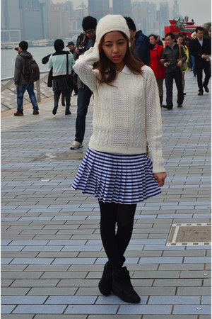 Terranova sweater - Forever New skirt - Topshop hair accessory