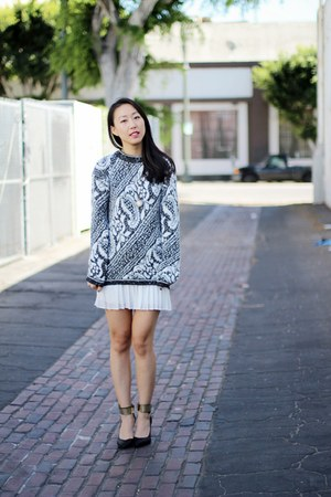 chunky knit sweater - pleated skirt - heels - watch necklace