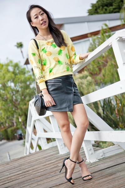 black Choies skirt - yellow Choies sweater - black Ross purse