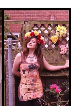 gustav klimt romwe dress - vintage necklace - handmade hair accessory
