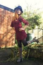 crimson lace H&M dress - camel leopard print vintage boots