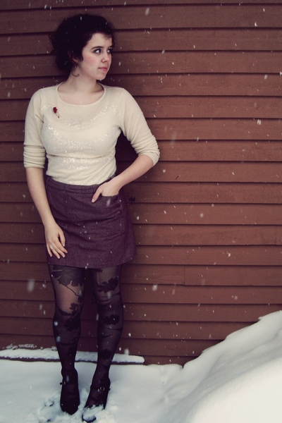 black shoes - black Urban Outfitters tights - red skirt - white sweater