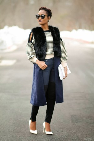 navy H&M jeans